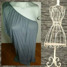 Wow Free People one shoulder dress So cute and flirty wore a handful of times Free People Dresses One Shoulder
