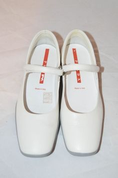743195692343 Prada Made In Italy Womens White Leather Mary Jane Shoes Velcro Closure  3