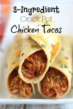 3 Ingredient Crock Pot Chicken Tacos #crockpot #tacos #dan330 http://livedan330.com/2015/04/06/3-ingredient-crock-pot-chicken-tacos/
