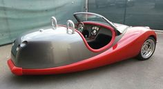Morgan 8 styled custom by Phil Arnold in SoCal Weird Cars, Cool Cars, 3 Wheel Motorcycle, Trike Kits, Morgan Cars, Bmw Isetta, Reverse Trike, Mobiles, T Bucket
