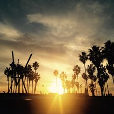 Six Degrees Society City Guides: Los Angeles