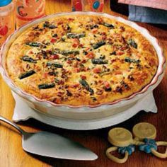 Ham and asparagus quiche http://www.tasteofhome.com/Recipes/Asparagus-Ham-Quiche bisquick, asparagus quich, flour, dinners, asparagus ham, baking, ham quich, biscuits, quiche recipes