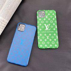 男女適用のブランドルイヴィトン iphone 11/11Pro/11pro maxケースはグリーン、ブルーの2色揃い、ケース全体がソフトで、衝撃や傷がすぐ分散して、御愛機への損害を最低に軽減してくれます。 Louis Vuitton, Phone Cases, Louis Vuitton Wallet, Louis Vuitton Monogram, Phone Case