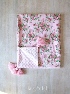 Baby Blanket Garden Rose with Tassels