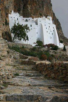 Moni Hozoviotissis near Hora on Amorgos, Greece [Cor Lems] Mykonos, Santorini, Places Around The World, Oh The Places You'll Go, Places To Travel, Places To Visit, Around The Worlds, Wonderful Places, Beautiful Places