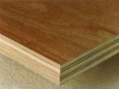 Contrachapado. Es un conjunto de laminas, siempre en numero impar, unidas con un pegamento especial. Es indeformable. La madera que mas se utiliza para esto es el Okume. Se usa para revestimientos de todo tipo, incluso en superficies curvas. La chapa que queda a la vista puede ser de una madera noble.