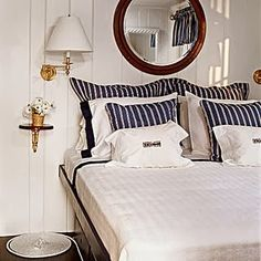Sailor style nautical bed