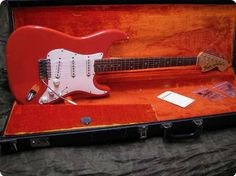 ALL ORIGINAL FIESTA RED 1969 HENDRIX STRAT KILLER SOUND COND 9,5/10