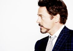 RDJ and his perfect profile.