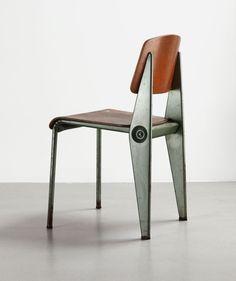 Cafétéria N°300 demountable chair, ca.1950 | Bent sheet steel and molded plywood | Jean Prouvé