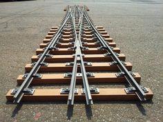Called double slip of 5 inches gauge, it is railway splitter.