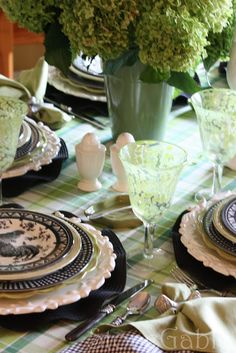 StoneGable: A Little French Rooster Tablescape