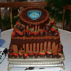 police grooms cake Megan could do this for Matt