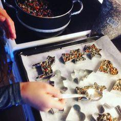 Juleverksted: 16 tips til ting dere kan lage - KK Christmas Diy, Christmas Decorations, Christmas Stuff, Diy And Crafts, Tips, Party, Workshop, Noel, Christmas Things