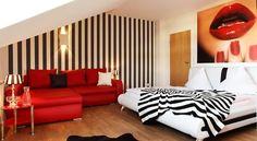 Hotel Wulff Berliner Straße 31 59505 Bad Sassendorf  Tel.: +49 (0)2921/9603-0 Fax: +49 (0)2921/9603-35 Mail: mail@hotel-wulff.de