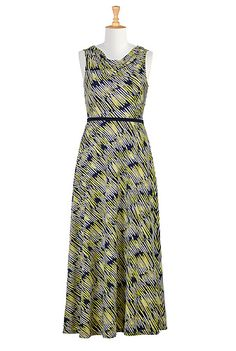 II like the neckline.  Looks comfortable.  Work or church dress. <3 this CL0035857 from eShakti