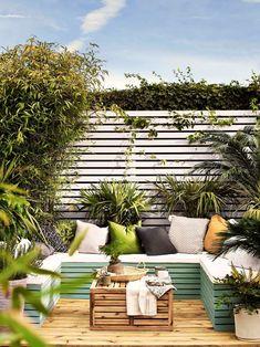 Small Garden Decking Ideas, Sloped Garden, Small Backyard Gardens, Backyard Patio Designs, Small Garden Design, Diy Patio, Outdoor Gardens, Small Backyard Landscaping, Garden Bed