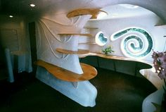 Ecological future house by Eugene Tsui