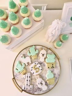 Cute Little Cactus Birthday Party - Smash Cake Cactus Cupcakes, Cactus Cake, Cactus Cactus, Cactus Food, Summer Cookies, Easter Cookies, Baby Cookies, Heart Cookies, Valentine Cookies