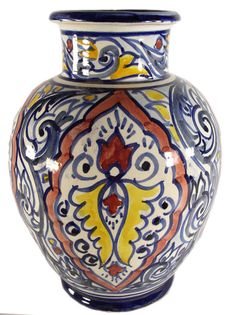 <br><li>Hand-made by talented artisans from Morocco <li>The history of Moroccan pottery dates back over one thousand years ago <li>To create this ceramic, clay is softened by hand, dried in the sun then baked in kilns that are over 200 years old