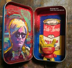 Altoid tin Andy Warhol homage | Another cute little Altoid tin project  - an homage to Andy Warhol featuring my portrait of Andy, my Popcorn Soup painting I did for a Dale & Thomas Pop Shop project and a Kidrobot Campell Soup Dunny. See more of my art at www.hgd.com High School Art Projects, Classroom Art Projects, Andy Warhol, Middle School Art, Art School, Sculpture Lessons, School Murals, School Painting, Tin Art