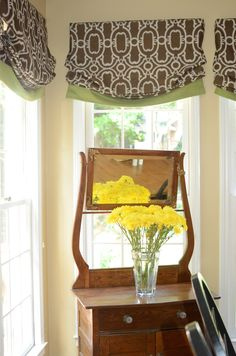 When deciding to decorate with relaxed roman shades, there are many things to consider. We can help uncomplicated your window treatment project.
