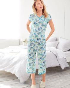 5addeb6f95 Garnet Hill Asian Wrap Organic Cotton Cropped Pajamas Green Lacecap  Hydrangea M