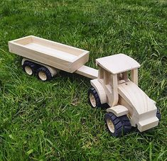 LadislavKurnota / Traktor s vlečkou Picnic Table, Wooden Toys, Car, Furniture, Home Decor, Tractor, Automobile, Homemade Home Decor, Wood Toys