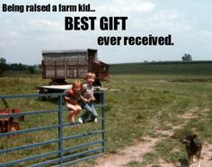 If someone would have told me this while growing up I would have laughed. now I'd do anything to be a little girl again and help my daddy farm. Born and raised on the farm from both sides of the family, farm life will always and forever be in my blood. Country Girl Life, Country Girl Quotes, Country Farm, Country Girls, Country Living, Country Bumpkin, Country Strong, Summer Beach Quotes, Way Of Life