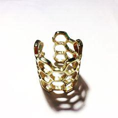 Loop bracelets texture brass  jewels boho classe chic discret minimalism  Crazy in love Beyoncé personnalisable
