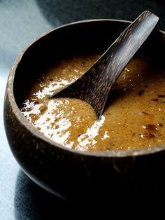 Poulet Sauce satay - cacahuèteoulet (reette de Malaisie).                                                                                                                                                                                 Plus