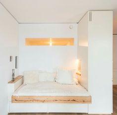 Prachtige wit voor kleine slaapkamer.