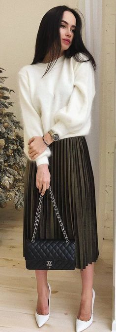 fashionable outfit / white cashmere sweater   bag   midi skirt   heels