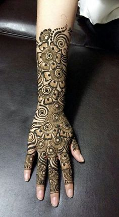 50 Most beautiful Full Hand Mehndi Design (Full Hand Henna Design) that you can apply on your Beautiful Hands and Body in daily life. Rajasthani Mehndi Designs, Dulhan Mehndi Designs, Mehandi Designs, Khafif Mehndi Design, Mehndi Designs 2018, Mehndi Designs For Girls, Mehndi Design Photos, Mehndi Designs For Hands, Tattoo Designs
