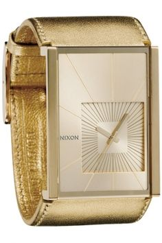 Nixon Gold Motif Watch: Hot 70's glam on my wrist? Um, yes.