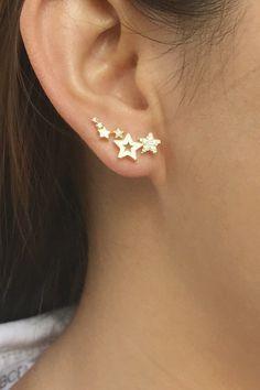 Star+ear+crawlers+ear+climber+earrings+ear+climbers+ear+crawler+earrings -Color:+Silver -++plated+over+brass -+CZ+diamonds + Ohrschmuck Star ear crawlers ear climber earrings ear climbers ear crawler earrings Ear Jewelry, Cute Jewelry, Gold Jewelry, Jewelry Accessories, Gold Bracelets, Jewellery, Vintage Jewelry, Luxury Jewelry, Bridal Accessories