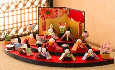 Hina Dolls, Japanese Culture, Birthday Cake, Decoration, Spring, Food, Birthday Cakes, Decorating, Hoods