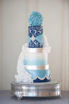Wintry Wedding by Cakes ROCK!!!   - http://cakesdecor.com/cakes/227440-wintry-wedding