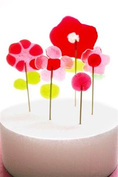 Mother's Day: Easy crafts for kids to make -diy lollipop bouquet from Candy Aisle Crafts-  TODAY.com