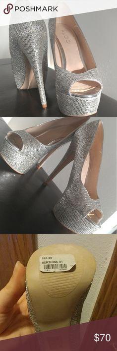 Aldo Platform Silver Heels Silver sparkly Aldo platform size 6 heel. Pretty much new with original stickers. Aldo Shoes Heels