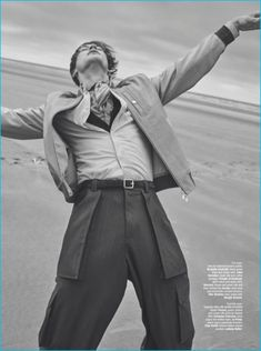 Men's oversized tailoring is the star of a fashion editorial from The Rake. Relaxed proportions bring a casual flair to suiting. Fashion brands such as Gio High Fashion Photography, Glamour Photography, Lifestyle Photography, Editorial Photography, Beach Editorial, Vogue Editorial, Editorial Fashion, Editorial Layout, Vogue Fashion