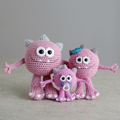 Family of Huggy Monsters. They are friendly and cuddly, just perfect for hugs. My newest pattern is now available in my Etsy shop (find the link from my profile) #amigurumipattern #amigurumi #cute #monster #crochet #crochetaddict #crochetlove #toy #cutegift