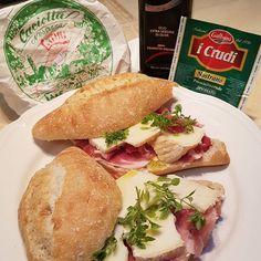#Buongiorno #Panino @gustodilella #cucina #italiana