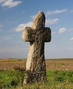 kun kereszt Magyarcsanád Till Death, Garden Sculpture, Outdoor Decor