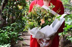 リトル How To Wrap Flowers, Wrapping, Wraps, Bouquet, Seasons, Table Decorations, Home Decor, Decoration Home, Room Decor
