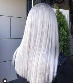 Ice Hair, Ice Blonde Hair, Platinum Blonde Hair Color, Silver Blonde Hair, Bleach Blonde Hair, Blonde Hair Shades, Blonde Hair Looks, Silver Platinum Hair, Icy Blue Hair