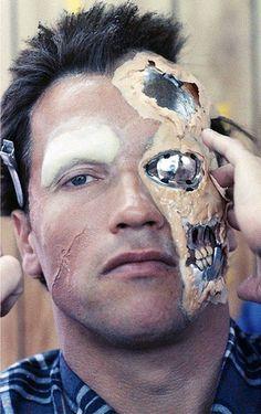 CYBER HELL - theactioneer: Arnold Schwarzenegger, behind the...