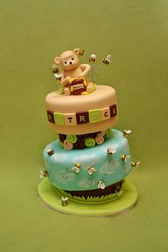 Classic Pooh  by Whimsy Cakes, via Flickr
