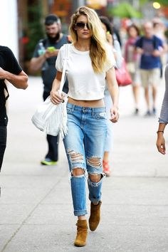 "( ☞ 2017 ★ BEAUTIFUL CELEBRITY ★ GIGI HADID IN BLUE JEANS WITH HOLES. ) ★ Jelena Noura Hadid - Sunday, April 23, 1995 - 5' 10"" 125 lbs 34-25-35 - Los Angeles, California, USA."