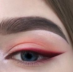 Red eyeshadow with bright red, sharp winged eyeliner. Eyeshadow ideas, eyeshadow Red eyeshadow with bright red sharp winged eyeliner. Eyeshadow ideas eyeshadow - Das schönste Make-up - Red eyeshadow with bright red sharp winged eyeline - Makeup Hacks, Makeup Goals, Makeup Inspo, Makeup Inspiration, Makeup Tips, Makeup Ideas, Asian Makeup Tutorials, Makeup Basics, Style Inspiration